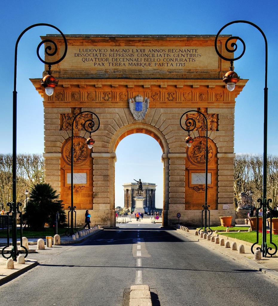 Arc de triomphe montpellier l 39 identitaire - Arc de triomphe montpellier ...