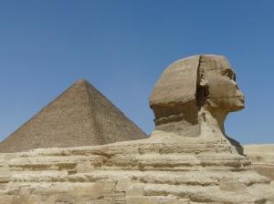 Le Sphinx de Gizeh et la pyramide de Kheops