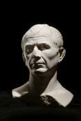 Buste-de-Jules-Cesar - Musee-departemental-Arles-antique