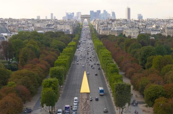 Champs-Elysées_vue_Concorde_Etoile